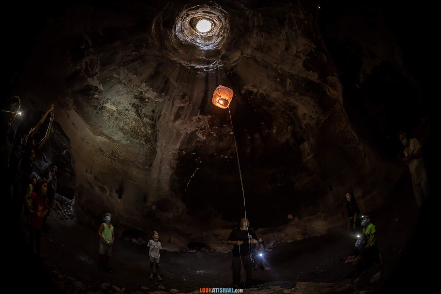 Округ Лахиш - пещеры, леса и ручей Адораим